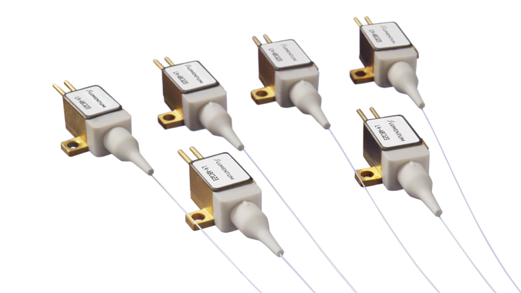 12 W 915/940 nm Fiber-Coupled Diode Laser