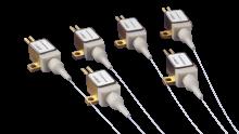 高出力 2 W、830 nmファイバー付半導体レーザ